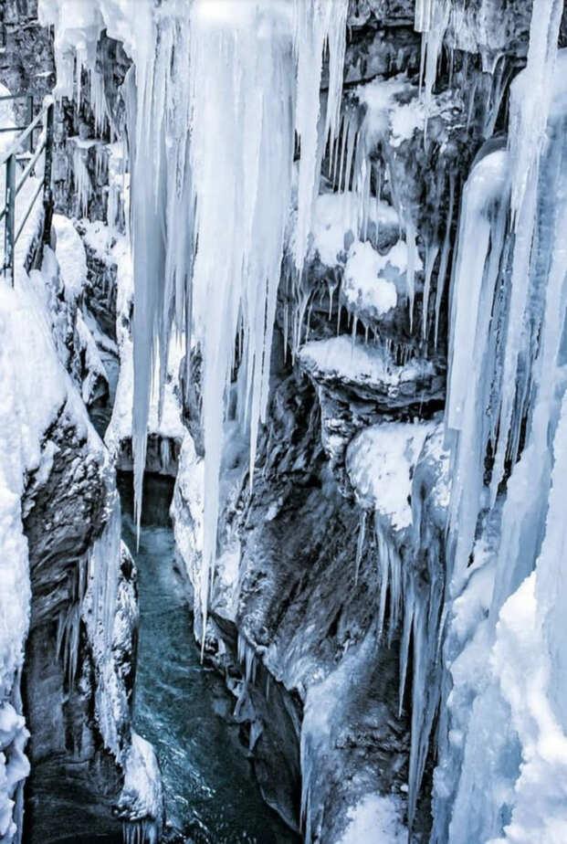 Fotospots im Schnee: Eisvorhänge in der Breitachklamm in Oberstdorf